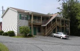 1221 Wards Ferry Road Apt 33